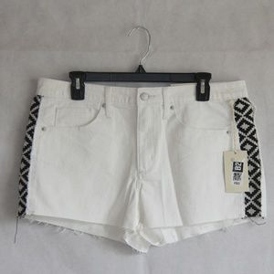 Jean Shorts High Rise White Aztec Plus 14/32R